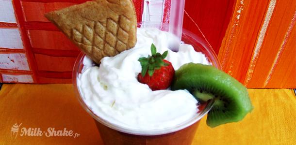 recette du smoothie fraise kiwi framboise milk. Black Bedroom Furniture Sets. Home Design Ideas